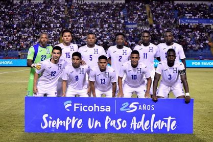 Honduras recibe a Costa Rica en busca de un mejor lugar en la eliminatoria