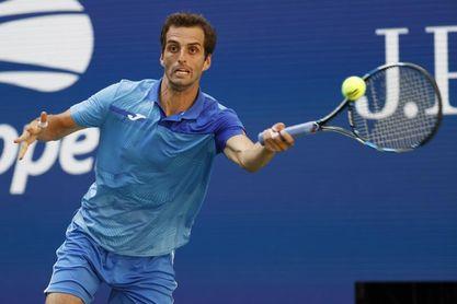 Ramos y Martínez continúan en Indian Wells pero Andújar se despide