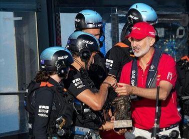 El Rey Felipe VI da el pistoletazo de salida al Spain Sail Grand Prix en Cádiz.