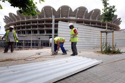 LaLiga apunta que Valencia podría destinar 100 millones del fondo al estadio
