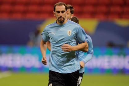 Uruguay culmina los entrenamientos y parte a Brasil